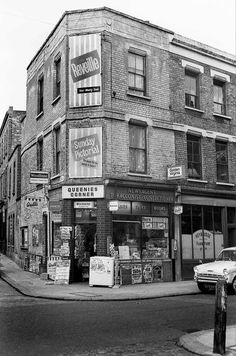 Brick Lane and Virginia Road (I think) London 1966 (Libby Hall) Vintage London, Old London, London City, London Street Photography, City Photography, London Pictures, London Photos, East End London, London Architecture