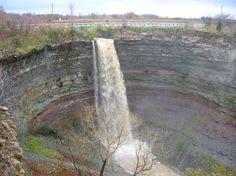 35 minutes away :) Devil's Punch Bowl is a ribbon waterfall on the Niagara Escarpment, in the Stoney Creek community of Hamilton, Ontario Hiking Spots, Hiking Trails, Famous Waterfalls, Hamilton Ontario, Lake Michigan, Great Lakes, Canada Travel, Niagara Falls, The Great Outdoors