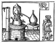 Antigo destilador. Essential Oil Distilation