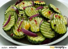 Pikantní okurkový salát recept - TopRecepty.cz Vegetable Salad, Avocado Toast, Celery, Asparagus, Ham, Cucumber, Salads, Food And Drink, Appetizers