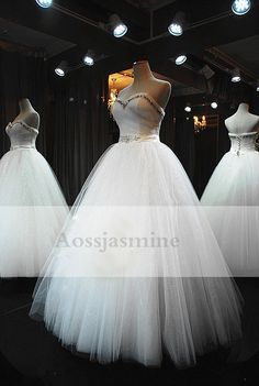 Classic sweetheart ball gown beading tulle wedding dress