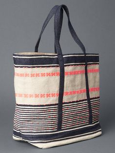 9f2201f76983 GAP Embroidered tote $45 Fashion Handbags, Tote Handbags, Drapery Ideas,  Beach Bags,