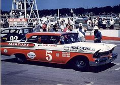 Sam Hanks' ( 1957 Mercury & Jerry Unser's ( 1957 Ford @ the Milwaukee Mile Nascar Race Cars, Old Race Cars, Ford Stock, Mercury, American Stock, Classic Motors, Classic Cars, Vintage Race Car, Top Cars