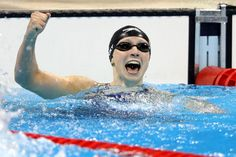 Katy Ledecky was named Female Swimmer of the Year for the fourth straight time at the 2016 Golden Goggle awards Swimming News, Olympic Swimming, Usa Swim Team, Female Swimmers, Swimming Motivation, Rio Olympic Games, Rio Olympics 2016, Triathlon Training, Soccer Players