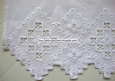 This Pin was discovered by Nih Drawn Thread, Hardanger Embroidery, Brazilian Embroidery, Lace Making, Lace Knitting, Ravelry, Tatting, Needlework, Diy And Crafts
