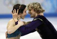 Meryl Davis is not Charlie White's girlfriend, despite the photo above. Click the image for more photos. (AP)