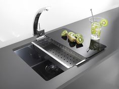 Alveus Quadrix 50 Stainless Steel Sink in Anthracite. A wonderfully produced kitchen sink in a revolutionary new colour.