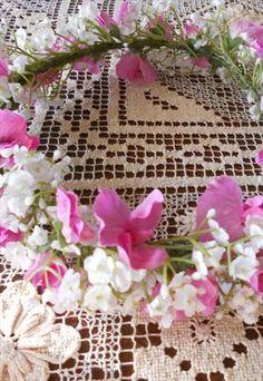 SWEET PEA FLOWER CROWN