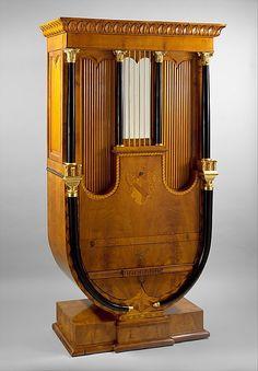 1815-1820 Austrian Secrétaire (shown closed) at the Metropolitan Museum of Art, New York