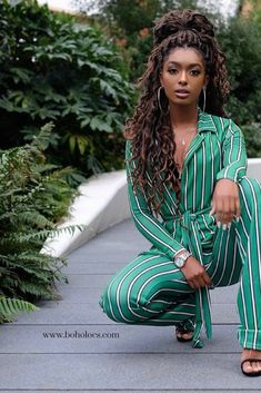 BRONDE BOHO MERMAID LOCS® Mermaid Locs have been on everyone's wish list! Beautiful, chic natural hairstyles like these hot faux dreads are waiting for you! Box Braids Hairstyles, Dreadlock Hairstyles, 2015 Hairstyles, African Hairstyles, Hair Updo, Wavy Hair, Trendy Hairstyles, Dread Hair, 1940s Hairstyles
