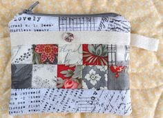 Carried Away Quilting: Coin purse crazy