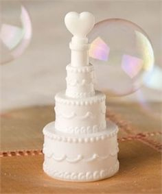 WEDDING CAKE BUBBLES CONFETTI FAVOURS TABLE DECORATION