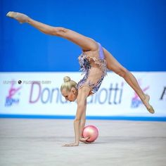 Russia, the campions of the world in rytmic gimnastic