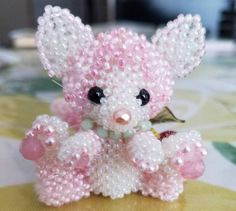 Lovely pink kitty by LeaLea beads of Japan. She sells beaded kits.