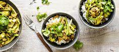 Nyhtökaura-kookoscurry Vegetarian Recipes, Cooking Recipes, Dinner Tonight, Tofu, Food Photography, Curry, Good Food, Healthy Eating, Vegan