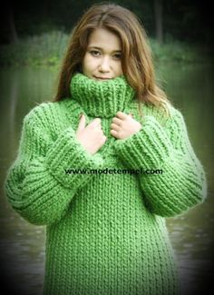 Sweater Fashion, Sweater Outfits, Chunky Wool, Chunky Knits, Thick Sweaters, Women's Sweaters, Mohair Sweater, Winter Wear, Warm And Cozy