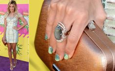 The 3 Sassiest Nail Ideas of the Kids' Choice Awards: Which Is Your Fave?: Girls in the Beauty Department Carly Rae Jepsen, Ashley Tisdale, Sassy Nails, Cute Nails, Kids Choice Awards 2013, Celebrity Nails, The Beauty Department, Polished Look, Glitter