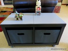 Lego Coffee table. I would so have this in my living room. What a fun ice breaker for guests too!