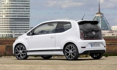 VW Up! GTI é revelado: 115 cv, 20,4 mkgf e 0 a 100 km/h em 8,8 s | Quatro Rodas