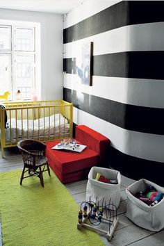 Kid room Spearmint Baby: black and white nursery White Nursery, Nursery Neutral, Nursery Stripes, Striped Nursery, Monochrome Nursery, Nursery Boy, Nursery Decor, Yellow Crib, Spearmint Baby