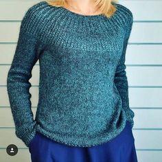 Идея из интернета. На заказ в любой расцветке. #пуловер #свитер #женскийпуловер #женскийсвитер #вязаныйпуловер #вязаныйсвитер #женскаяодежда #вязанаяодежда #ручнаяработа #свитеризангоры #knit #knitting #handmade #одежданазаказ #одежда #женскаяодежда #хлопок #изхлопка #девочкитакиедевочки #женщинам #пуловеризхлопка #стиль #мода #моднаяодежда #свитеризхлопка #вязаныевещи #вяжутнетолькобабушки #свитерназаказ #пуловерназаказ #вяжуназаказ