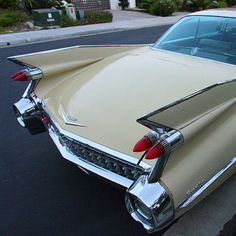 59 Cadillac. Drove one like this cross country when I was 36. The color was called Gotham Gold.