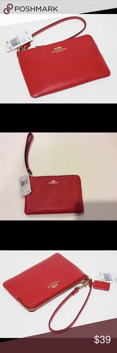 Coach Corner Zip In Crossgrain Leather NWT measures 6x4 Coach Bags Clutches & Wristlets