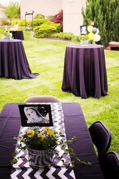 8 Of The Best Picture Display Ideas For Your Grad Party – Twins Dish Glue photos to stock paper and sticks and insert into a Black and Gold Graduation Party centerpiece. Easy DIY Graduation Party Decoration Ideas using Pictures. Outdoor Graduation Parties, Graduation Party Centerpieces, Graduation Party Planning, College Graduation Parties, Graduation Celebration, Graduation Decorations, Graduation Party Decor, Grad Parties, Graduation Ideas