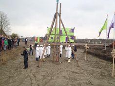 Maandag 19 oktober is het startsein gegeven voor de bouw van 23 stadswoningen in Bergen op Zoom. De Nieuwe Kaai is een feit.