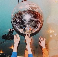 disco never dies disco friends art contemporary modern retro aesthetic Photo Wall Collage, Picture Wall, Theme Nouvel An, Retro Party, Party Party, Disco Party, Aesthetic Vintage, 1970s Aesthetic, Blue Aesthetic
