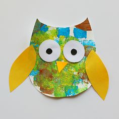 Sponge Painted Owl Craft for Kids with Owl Template - Buggy and Buddy Sponge Painted Owl Craft for Kids with free owl template printable Owl Crafts Preschool, Bird Crafts, Animal Crafts, Owl Crafts Kids, Foam Crafts, Easter Crafts, Autumn Crafts, Crafts For Kids To Make, Art For Kids