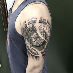 See photos, tips, similar places specials, and more at INK SP Great Tattoos, Tattoos For Guys, Body Art Tattoos, Anchor Tattoo Design, Compass Tattoo Design, Tattoo Sleeve Designs, Sleeve Tattoos, Tattoo Rose Des Vents, Astronomical Tattoo