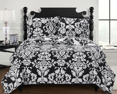 Black and White Damask Bedding Oversized Queen Bedspread Bed Cover Coverlet Set Damask Bedding, Black Bedding, Quilt Bedding, Luxury Bedding, Comforter Sets, Black Bedspread, King Comforter, Style Audacieux, Quilt Sets Queen