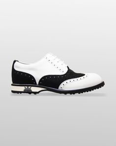 The perfect footwear for golf.