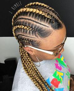 These #cornrows are so clean @_j.kimble 💛 | #savannahstylist  #braider #braids #summerstyle #voiceofhair ✂️========================== Go to VoiceOfHair.com ========================= Find hairstyles and hair tips! =========================