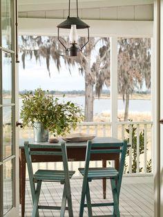 Home decor. Ideas with lantern. porch
