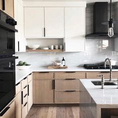 Most Popular Two Tone Kitchen Cabinets for 2018 - These minimalist kitchen i. Most Popular Two Tone Kitchen Cabinets for 2018 – These minimalist kitchen ideas are equal co Home Decor Kitchen, Interior Design Kitchen, Home Kitchens, Kitchen Ideas, Kitchen Trends, Interior Modern, Kitchen Furniture, Wood Furniture, Decorating Kitchen