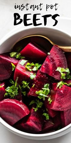 Learn how to quickly cook beets in the Instant Pot! Perfect for snacking smoothies appetizers spiralizing salad bowls and so much more. Healthy Appetizers, Appetizer Recipes, Healthy Snacks, Appetizer Ideas, Healthy Eats, Instant Pot Pressure Cooker, Pressure Cooker Recipes, Pressure Cooking, Slow Cooker
