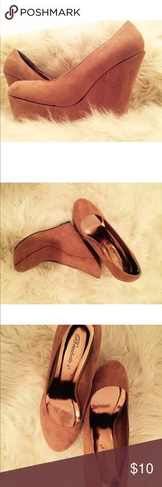 Breckelles Suede Platform Wedge Heel Like new fits a size 7.5 Breckelles Shoes Wedges