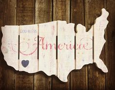 God bless America! Customize our rustic map with our God Bless America stencil. Home is where your heart is. #godblessamerica #diycrafts #usamap