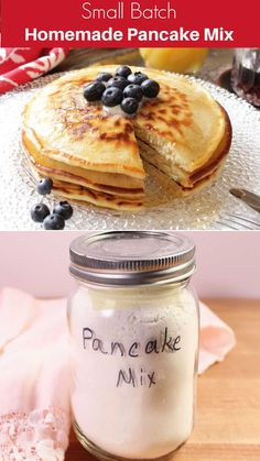 This homemade pancake mix is a real lifesaver. Make a container and when you want to make a small batch of fluffy, delicious pancakes, just mix in an egg, milk, and melted butter. Serve with the syrup of your choice. Cooking For One, Meals For One, Cupcake Recipes, Cupcake Cakes, Single Serving Recipes, Tasty Pancakes, Delicious Breakfast Recipes, Kitchen Dishes, Yummy Cakes
