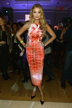 Gigi Hadid's Best Looks—On and Off the Red Carpet - Style Crush: Gigi Hadid- StyleBistro