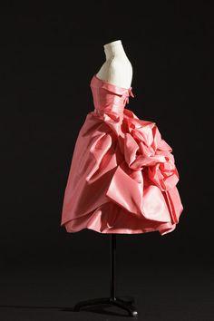 Miniaturas de vestidos de Dior - Opera-Bouffe