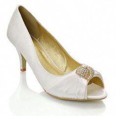 4b27c2336b2c 19 Best wedding shoes images