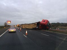 Scene of the current #M40 incident - http://Roadca.ms/1074 - Normal traffic expected from approx 4pm (Pic by @Jwiddows69)