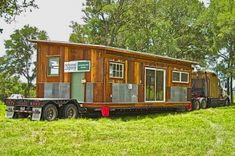 We Talk With Tracen Gardner of Reclaimed Space About Prefab Building & Salvaging Materials