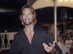 TOO MANY TO PIN | 12 Reasons You're Still Stanning For Josh Holloway
