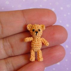 Miniature Orsino Bear amigurumi crochet pattern by Muffa Miniatures Crochet Teddy, Crochet Bear, Love Crochet, Crochet Animals, Crochet Dolls, Crochet Crown, Crochet Crafts, Yarn Crafts, Crochet Projects