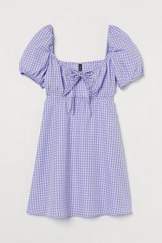 Kleid mit Puffärmeln - Helllila/Gingham-Karo - Ladies | H&M DE 3 H M Outfits, Cold Shoulder Dress, Tops, Dresses, Women, Fashion, Lilac, Full Skirts, Short Gowns