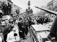 Soviet troops and most of their Warsaw Pact allies invaded Czechoslovakia on August to halt political liberalization in the country called the Prague Spring. Prague Spring, Prague Old Town, Warsaw Pact, Prague Czech Republic, Tank I, Berlin Wall, Central Europe, Vintage Pictures, Woodstock